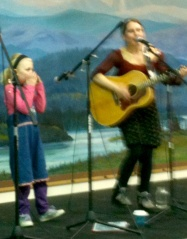 Britt and Hjelle performing at the Fairbanks Winter Folk Festival
